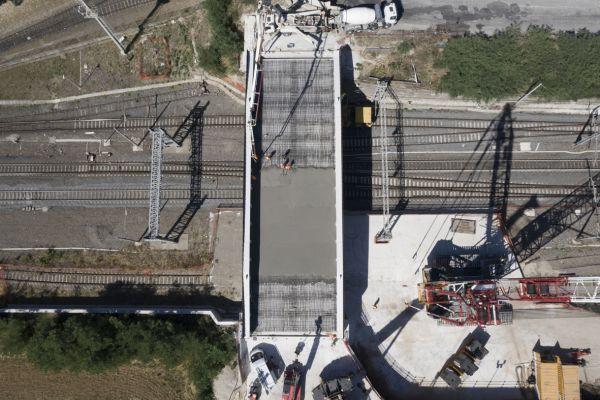 ponte-pomezia-150E9B9A1-6FC9-79AA-D462-77BA18C033B8.jpg